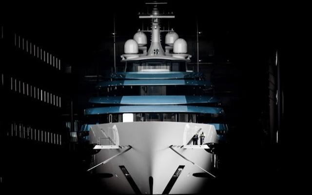 superyacht-kaos-oceanco-credit-tom-van-oossanen