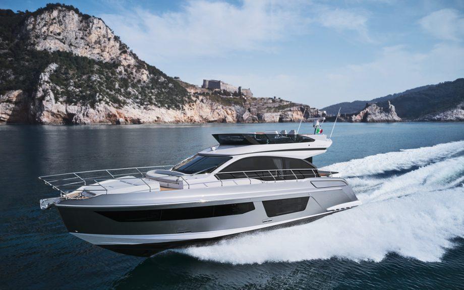 azimut-53-cannes-yachting-festival-2021-running-shot
