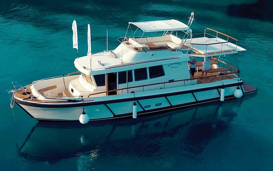 botnia-targa-46-yacht-tour-aquaholic-video