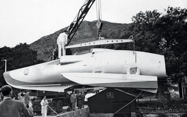 crusader-crane-lift-credit-julie-newton