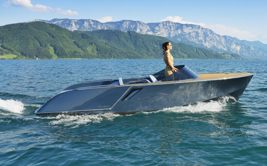 frauscher-650-Alassio-side-view-cannes-yachting-festival-2021