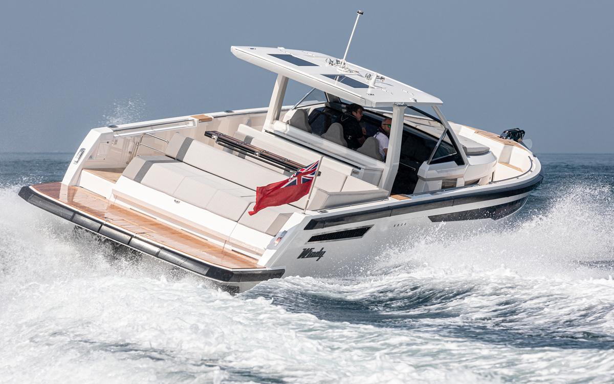 Countdown to Southampton Boat Show 2021: Windy SR44 Blackhawk