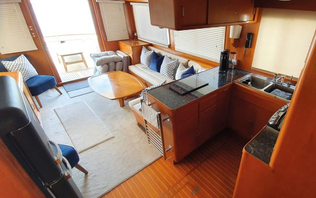 best-liveaboard-boats-fleming-53-galley