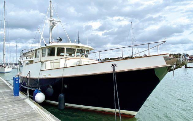 best-liveaboard-boats-nordhavn-46-exterior