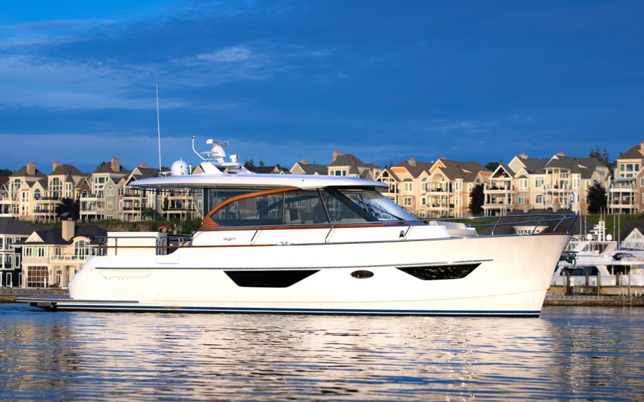 burger-50-cruiser-side-view-first-look-fort-lauderdale-boat-show-2021