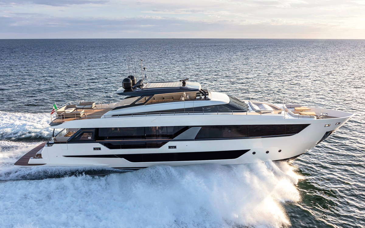 ferretti-1000-first-look-fort-lauderdale-boat-show-2021