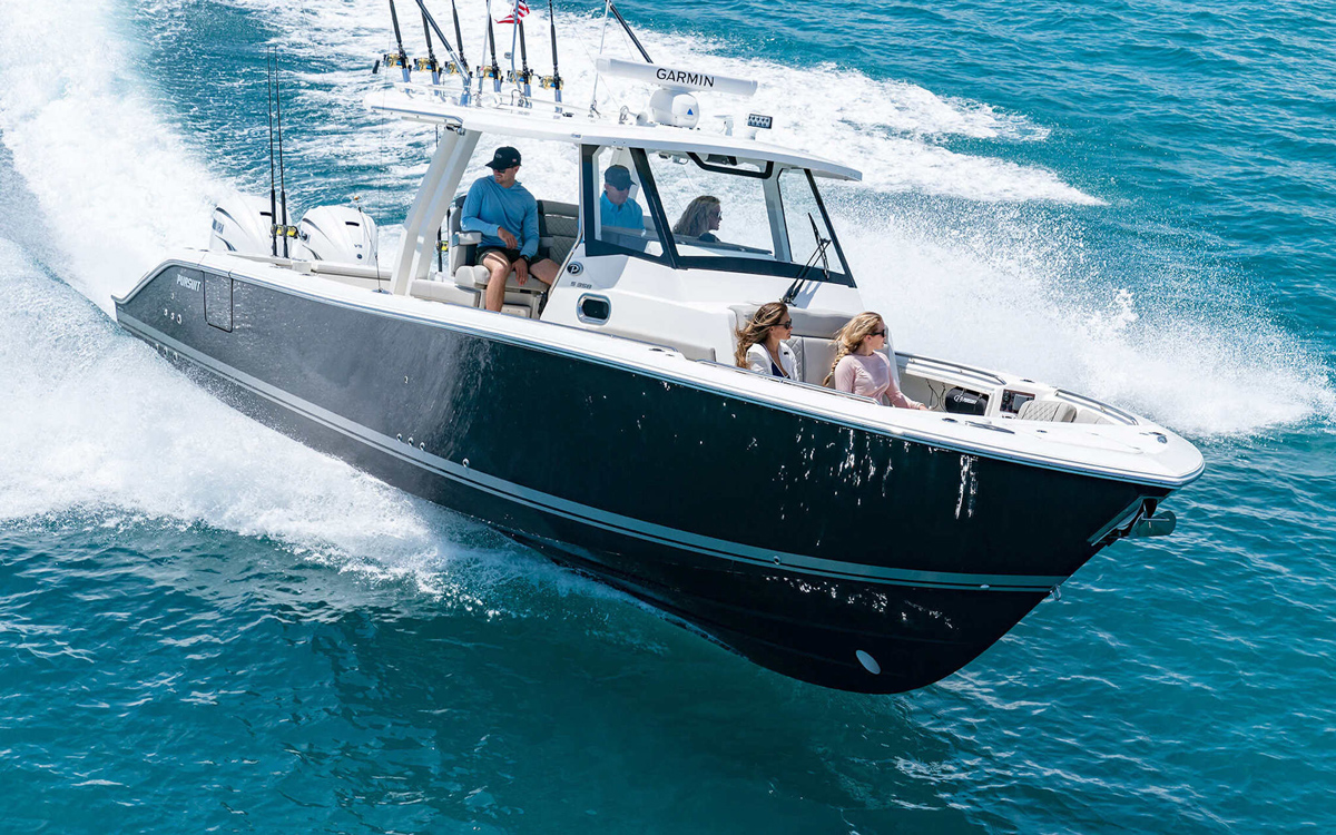 pursuit-s-358-sport-running-shot-first-look-fort-lauderdale-boat-show-2021