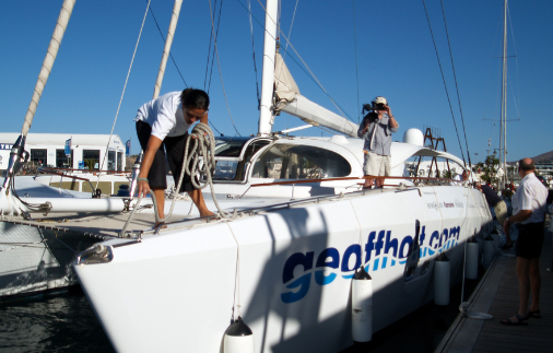 Geoff Holt departs Cape Verde Islands after clearing fuel problems