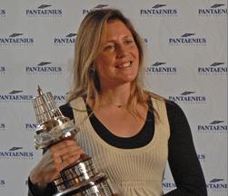 Sam Davies, with the YJA Yachtsman of the Year Award