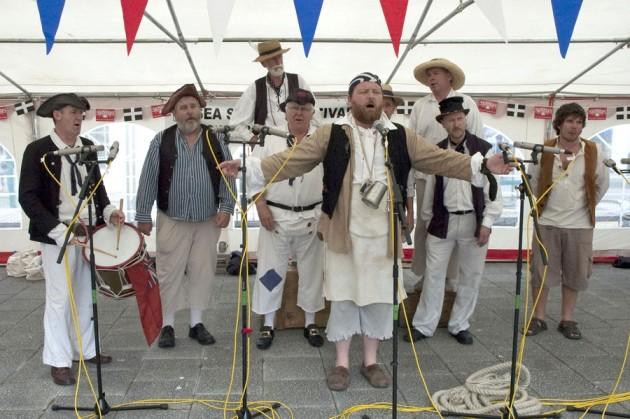 sea shanty singers
