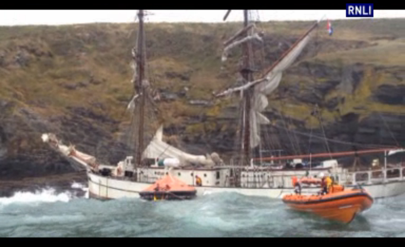 Tall Ship Astrid Sinks Off The Cork Coast Practical Boat