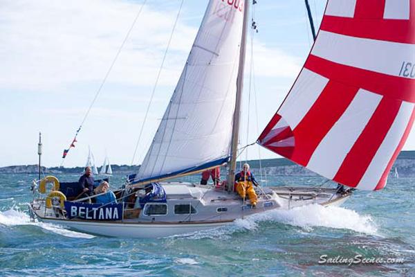 Round the Island 2013 - Sailing Scenes