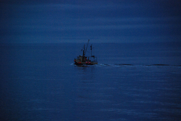 Suspended sentence for night fisherman without nav lights for Boat lights for night fishing