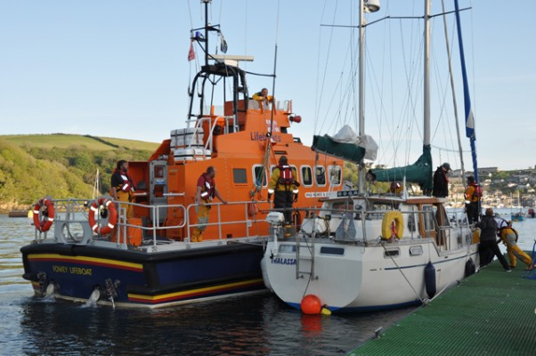 Fowey RNLI assisted yacht which had fishing gear caught round rudder
