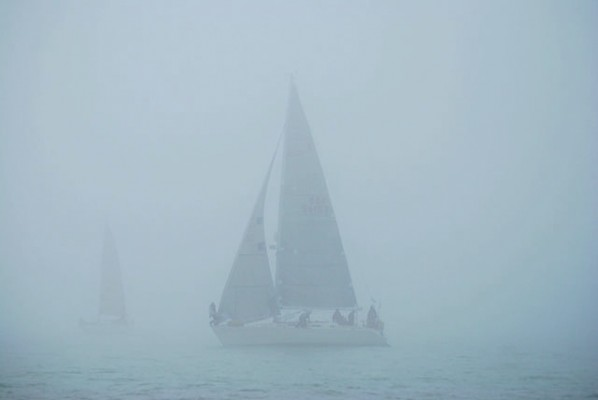 Navigating by seabed contours gives a clear advantage in foggy conditions