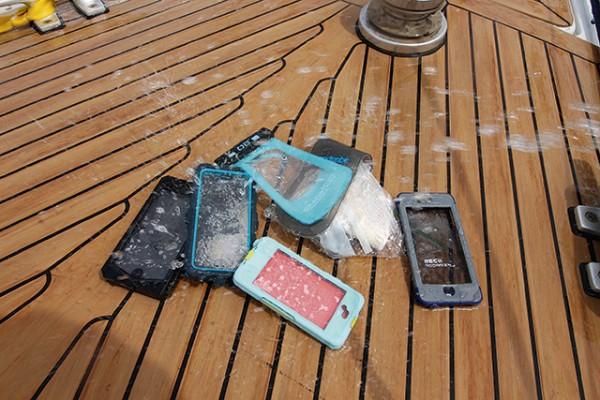Waterproof phone cases test