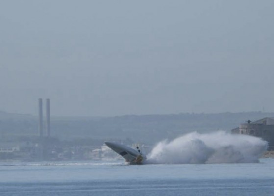 Vector 40R powerboat accident