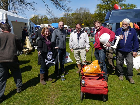Visitors laden with bargains at Beaulieu Boatjumble 2016
