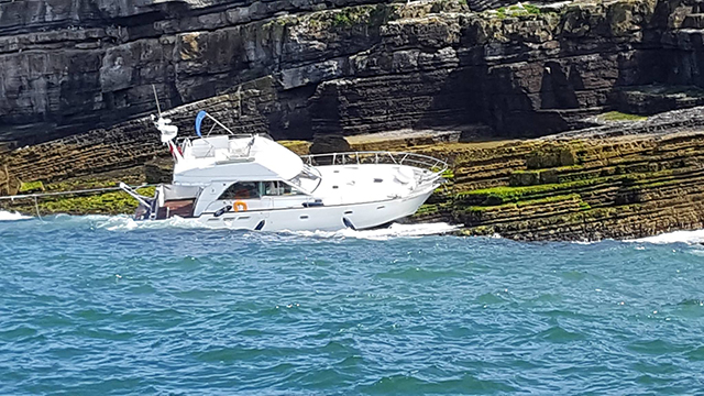 Le Babe Motor Boat Sinks After Striking Puffin Island