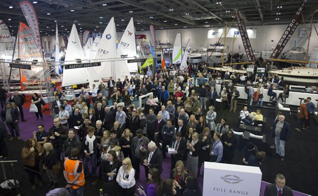 Crowds at the London Boat Show 2017. Credit: onEdition