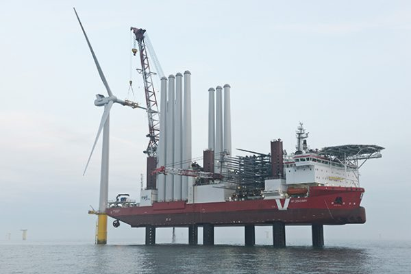 Rampion first turbine installation
