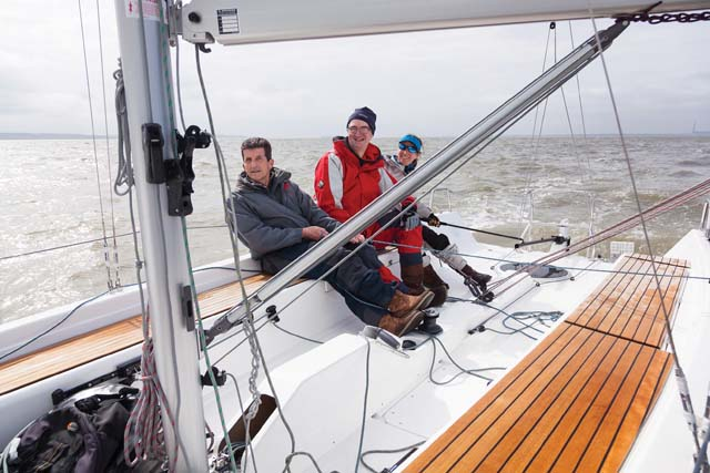 Dufour Drakkar 24 on test: Daysailer with a difference - Practical
