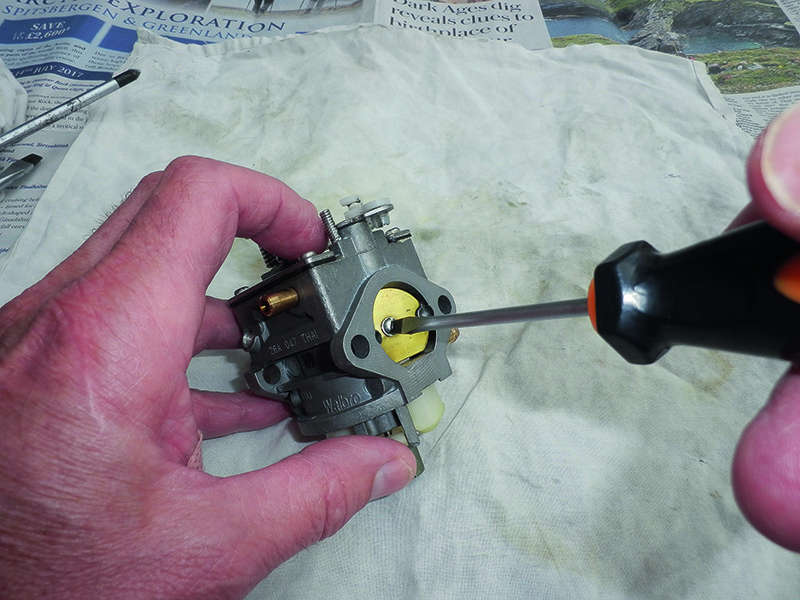 How to clean an outboard motor carburettor step-by-step