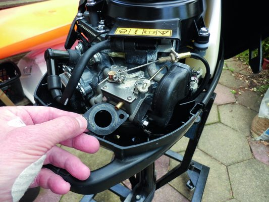 How To Clean An Outboard Motor Carburettor Step