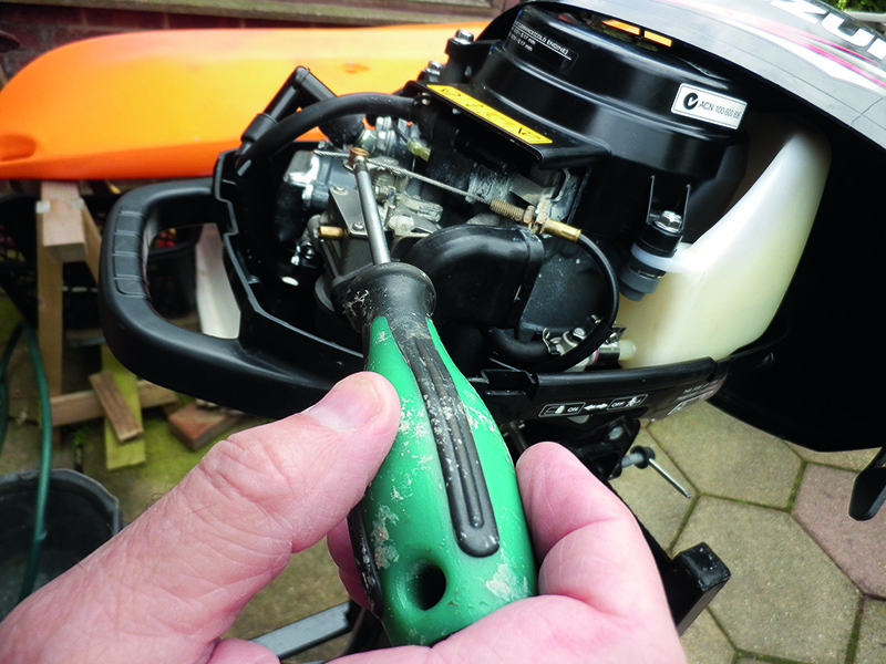 How to clean an outboard motor carburettor step-by-step - Practical