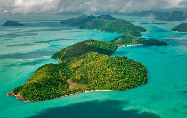 Long Island in the Whitsunday Group. Photo: Alamy