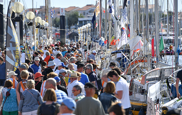 Crowds on the pontoons for the Golden Globe Race