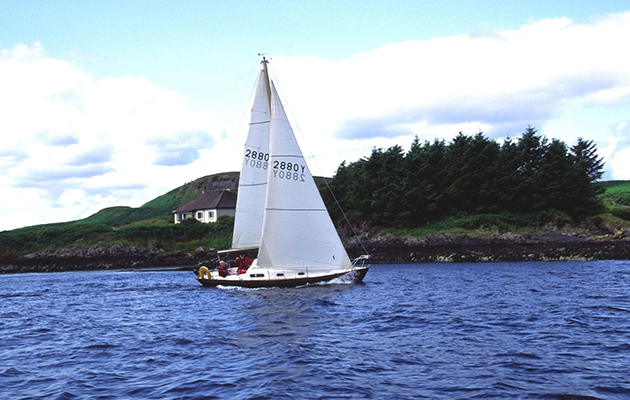 A Contessa 26 leaving Scotland