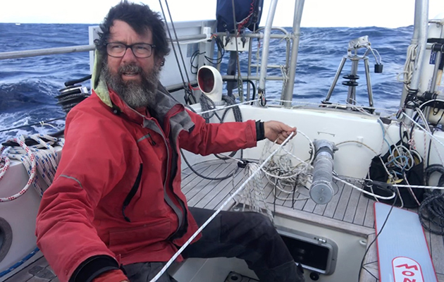 Randall Reeves navigates in shifting wind patterns a thousand miles north of Bermuda. Credit: Randall Reeves