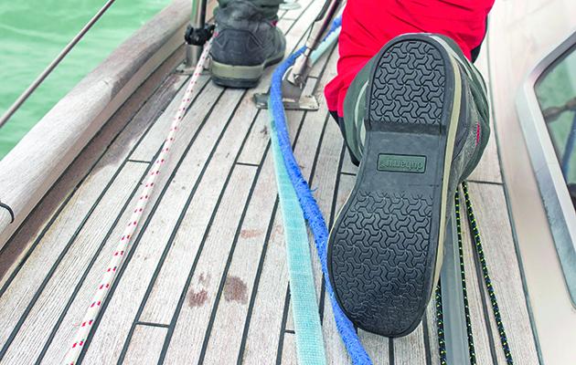 La semelle d'une chaussure de voile