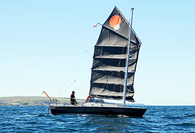 Roger Taylor sailing his Achilles 24 Mingming II