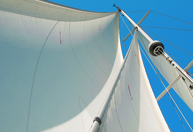 sails on a yacht