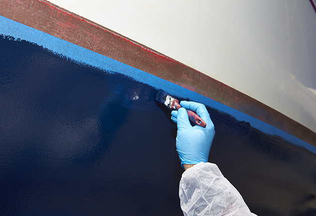 It is a good idea to apply a second coat of antifoul