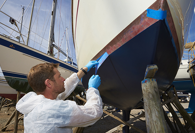 Peel of the masking when the paint is still tacky when antifouling