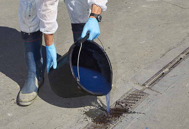 Contaminated water after antifouling