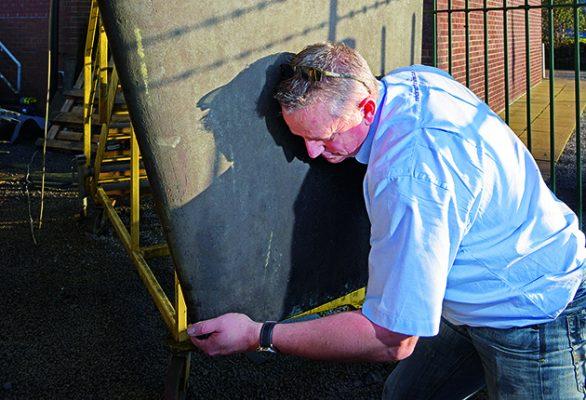 as part of maintenance ccheck rudder for hairline cracks or damage