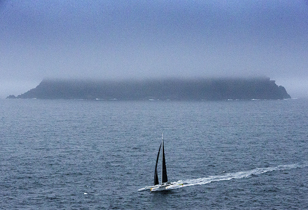 Phaedo³, owned and skippered by Lloyd Thornburg rounds Great Skellig, Co kerry.