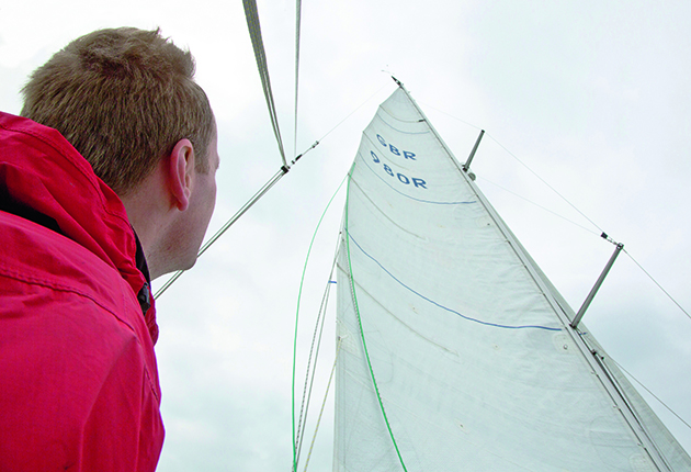 Sail trim in light airs: 7 tips to keep you sailing