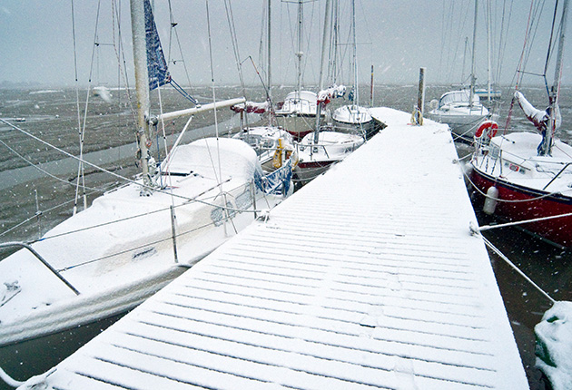 Keeping the boat free from condensation and keeping yourself dry over the winter can be a big ask