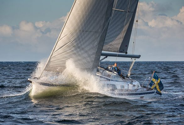Understanding how your hull shape responds to waves will keep you and your crew safe and comfortable. Credit: Richard Langdon