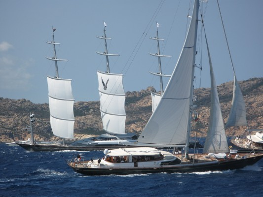 Rounding the top mark at the Perini Cup