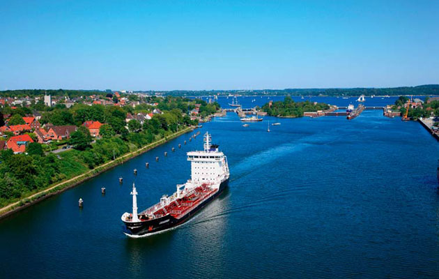 The Kiel Canal Is A Fascinating Mini Cruise Yachting World