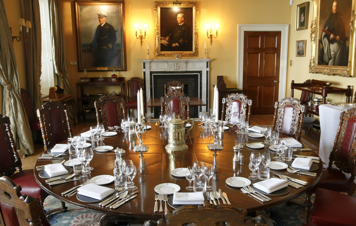 The magnificemt Dining Room where members can host their own dinner parties