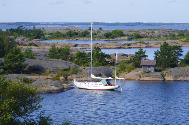how to get to aland island