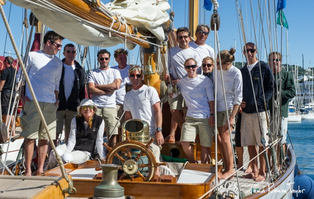 gallery over 70 beautiful classic yachts take to the water for the r gates royales in cannes. Black Bedroom Furniture Sets. Home Design Ideas