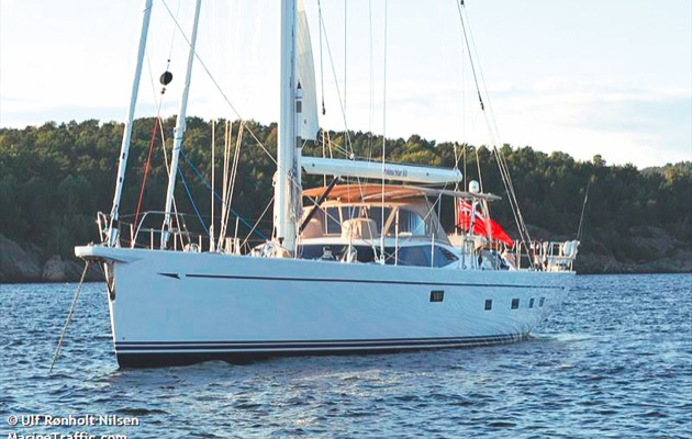 Polina Star, the Oyster 90 that lost her keel and sank